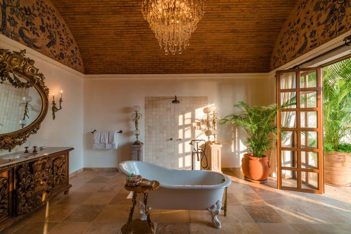 Casa Kimberly : Former home of Elizabeth Taylor and Richard Burton in Puerto Vallarta, Mexico